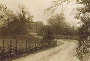 The drive to the Philips House (Middle Car Park) c1900